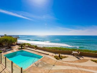 Beach Condo in Sunny Solana Beach - Steps to Beach and Pool - Solana Beach vacation rentals