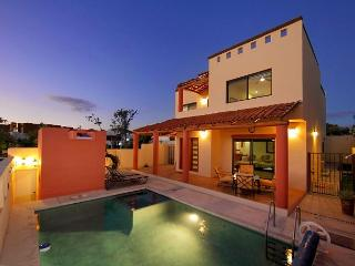 Private pool, ocean and arch views - La Joya vacation rentals