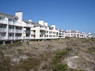 Wrightsville Dunes 3B-D _ Oceanfront condo with community pool, tennis, beach - Wrightsville Beach vacation rentals