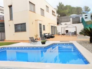 3 bedroom Chalet with Deck in Sitges - Sitges vacation rentals
