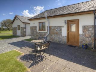 Glyder Cottage Anglesey - Brynsiencyn vacation rentals