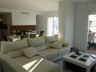 5 Bedroom Luxury Penthouse with sea views - Cambrils vacation rentals