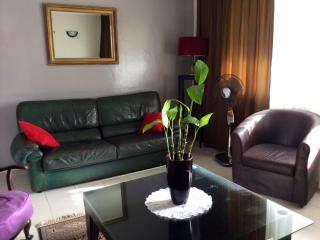 Appartement Meublé Centre-ville - Dakar vacation rentals