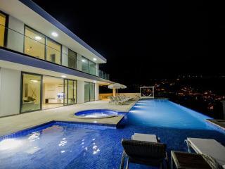 Luxury Villa in Kalkan center ,sleeps 10: 126 NEW! - Kalkan vacation rentals