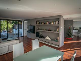 Luxury House Salou, 4 bedrooms, very well located - Salou vacation rentals