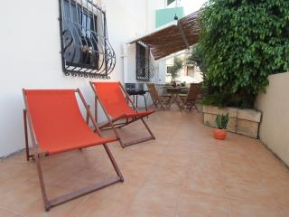 Sunflower ground floor apartment in Marsascala - Marsascala vacation rentals