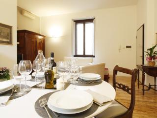 Brand New and Charming Apt in the center of Pavia - Pavia vacation rentals