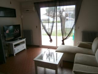 Nice Villa with Game Room and Television - Cazilhac vacation rentals