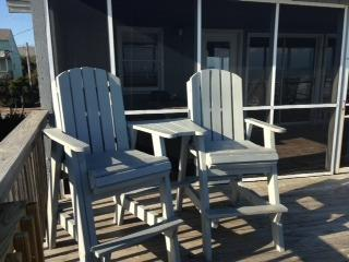 Oceanfront with Screen Porch-Pet Friendly - Topsail Beach vacation rentals