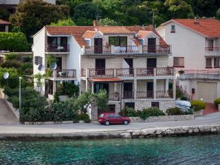 Apartments Ljubo - 53961-A7 - Pasadur vacation rentals