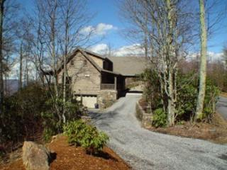 *Free Wifi* Luxury Log Home - Maggie Valley vacation rentals