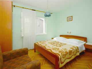 Rooms Marija - 65771-S1 - Banjol vacation rentals
