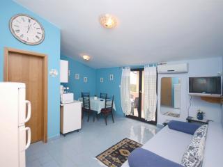 Apartments Jelica - 70431-A3 - Liznjan vacation rentals