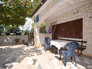 Apartments Hilmija - 73131-A3 - Novigrad vacation rentals