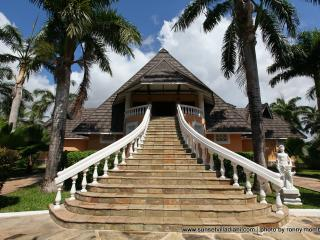 Exclusive holiday villa - Mombasa vacation rentals