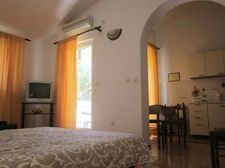 Apartment Dusanka - 93792-A1 - Molunat vacation rentals