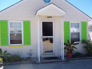 Ocean Block Cottage, Sleeps 6, Pet Friendly - Seaside Park vacation rentals