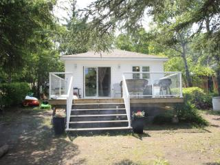 White Cottage - Saskatchewan vacation rentals
