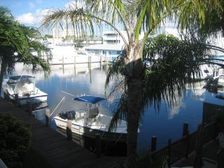 cozy cottage by the sea - Lauderdale by the Sea vacation rentals