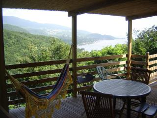 2 bedroom Gite with Internet Access in Bouillante - Bouillante vacation rentals