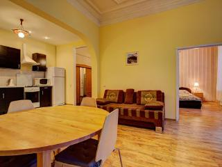3-rooms apartment on Liteiny prospect 59 (284) - Russia vacation rentals