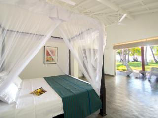 Alfie's Beach House, Talpe, Galle. Sri Lanka - Sri Lanka vacation rentals