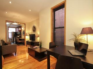 Stunning Renovated Times Square 2 Bedroom Getaway - New York City vacation rentals