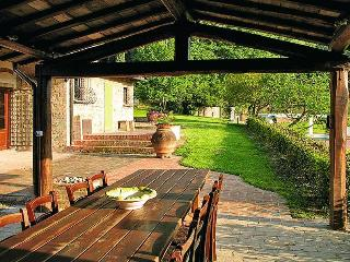 Bright 6 bedroom Gambassi Terme Farmhouse Barn with Internet Access - Gambassi Terme vacation rentals