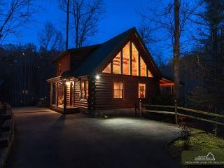 Hidden Haven   Hot Tub  Pool Access  Fireplace  Pool Table Free Nights - Gatlinburg vacation rentals