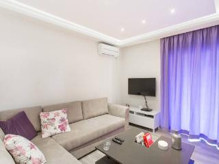 An Impressive 2 Bdrm Apt in Glyfada - Athens vacation rentals