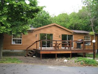 Ten People Can Enjoy this Big Cottage at the Island Club - 3 BR, 2 BA - Put in Bay vacation rentals