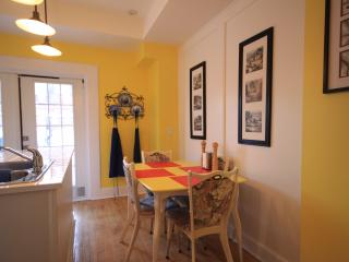 WOW!   SLEEPS 8!    ENTIRE HOUSE!   DOWNTOWN! - Ottawa vacation rentals