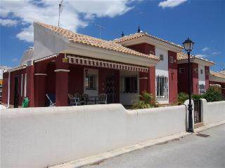 3 Bed, 2 Bath Villa in quiet location Free WiFI - Los Montesinos vacation rentals