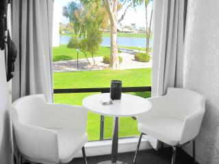 Scottsdale: 3 Room Resort Suite (Aron Baddely) - Miami Beach vacation rentals