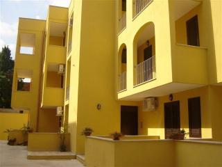 Trilocale Residence Otranto - Otranto vacation rentals
