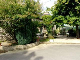 Nice 1 bedroom Guest house in Liffre - Liffre vacation rentals