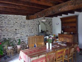 Cozy 1 bedroom Guest house in Liffre - Liffre vacation rentals