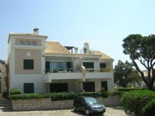 Holiday Apartment with shared pool. Vilamoura - Quarteira vacation rentals