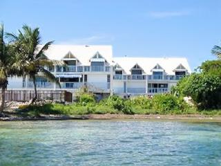 Seaside apartment in Saint-Anne with 2 bedrooms and patio - Sainte-Anne-Saint-Priest vacation rentals