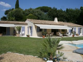 Nice 4 bedroom Gassin Villa with Internet Access - Gassin vacation rentals