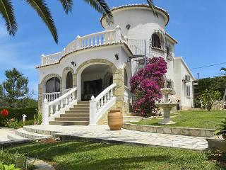Exceptional Spanish villa in Dénia with a private swimming pool and a garden - Alicante Province vacation rentals