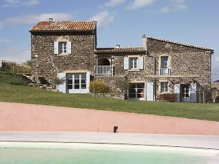 Large art house in the Ardeche, with swimming pool and garden - 20min from Montélimar! - Pranles vacation rentals