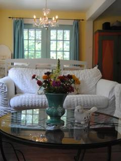 Charming B&B with Deck and Linens Provided - Hatley vacation rentals