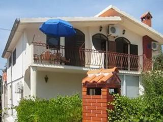 Apartment in Murter with balcony and panoramic views - Murter vacation rentals