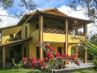 Spacious house in Bahia with private garden and terrace with hammock – 300 m from beach! - State of Bahia vacation rentals