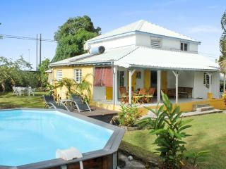 Delightful house in Sainte-Anne with 5 bedrooms, 3 bathrooms and pool - Vieux-Habitants vacation rentals
