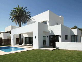 Beautiful Contemporary Villa in New Golden Mile - Benahavis vacation rentals