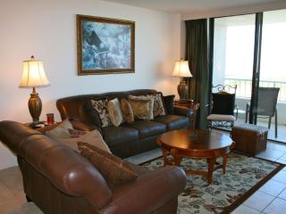 Gorgeous beachfront condo with sweeping views of Gulf of Mexico - Marco Island vacation rentals