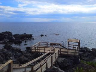 apartment with private access to the sea - Acitrezza vacation rentals