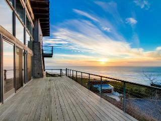 Oceanviews & private sauna in this extremely luxurious home! - Neskowin vacation rentals